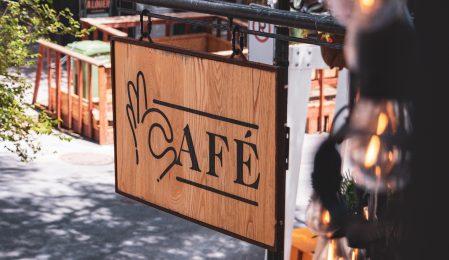 Café Bonjour-Hi